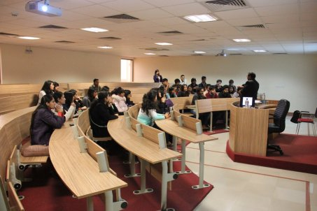 Desizn circle students visit to G D Goenka School of Fashion and Design .