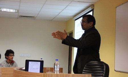Dr.Sanjay Gupta (Dean , GD Goenka SOFD) Addressing the DC students